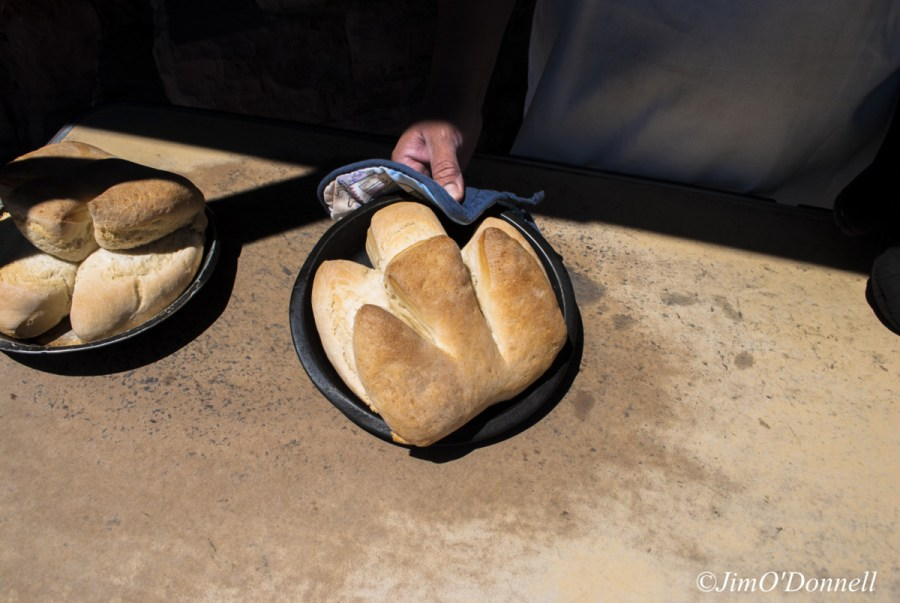 MOST OF THE PAYWA BREAD GOES AT THE GALLUP FLEA MARKET AND REGULAR CUSTOMERS AT ZUNI AND THE SURROUNDING COMMUNITIES. BUT A WHOLE BUNCH OF THEIR CUSTOMERS ARE JUST LIKE ME – PEOPLE WHO SIMPLY DROP IN.