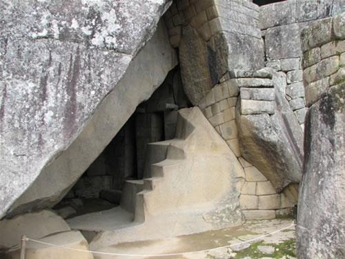 royal_tomb_machu_picchu