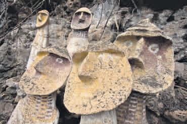 Sarcófagos milenarios de la cultura Chachapoyas en Amazonas