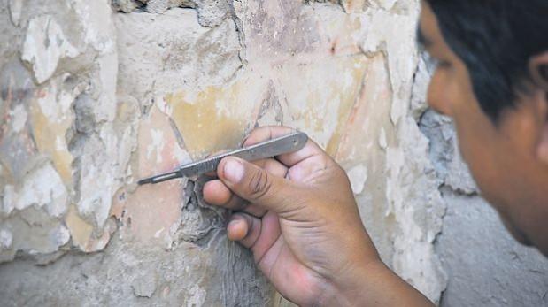 Reportan hallazgo de una pintura mural en complejo arqueológico Tambo Colorado