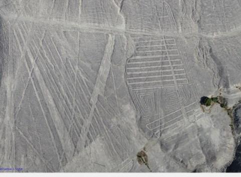 Líneas y laberintos Numerosas líneas y laberintos. Foto: Luis Jaime Castillo