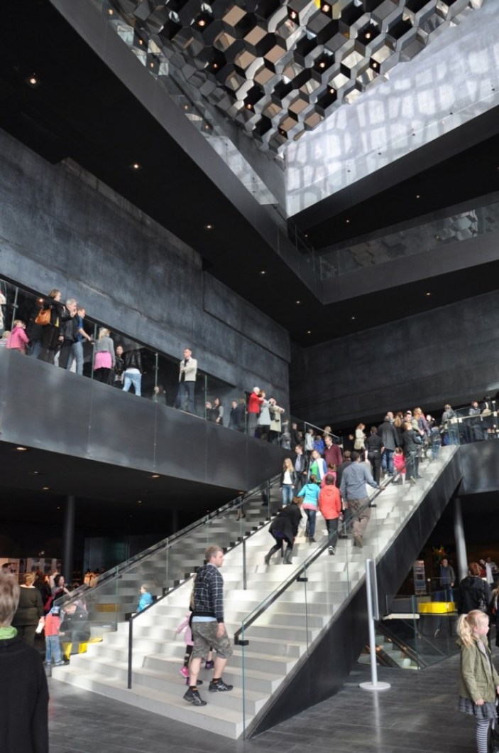 Harpa Concert Hall and Conference Centre - Henning Larsen Architects