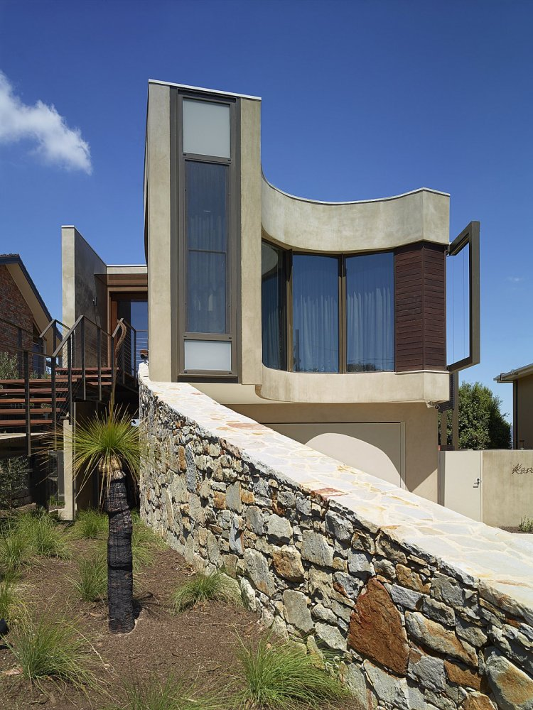 Hill House - Rachcoff Vella Architecture