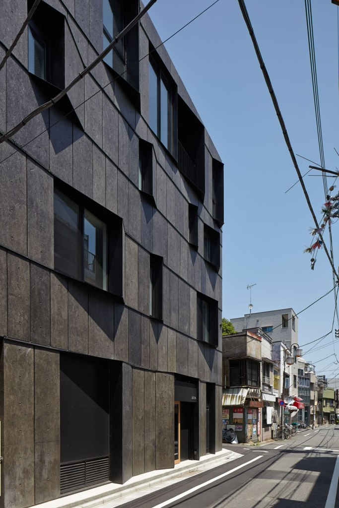 Kuro Building - KINO Architects