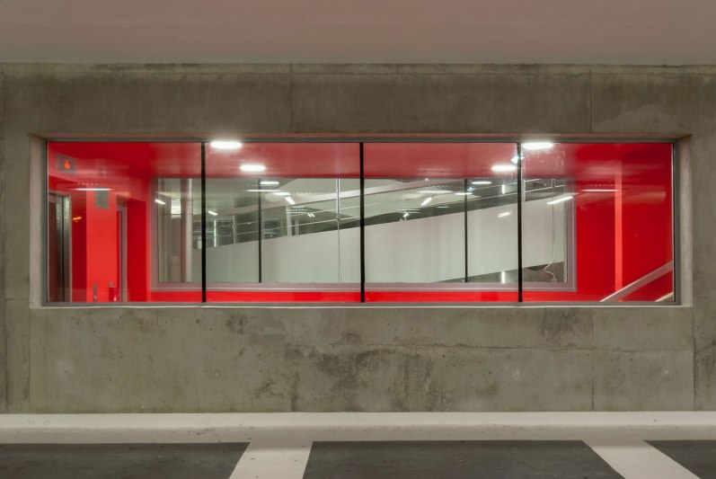Edificio de Estacionamiento en Grenoble - GaP Architectes