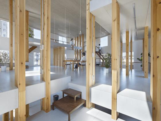 Pillar Grove - Mamiya Shinichi Design Studio