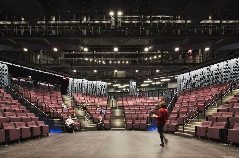 Writers Theatre - Studio Gang Architects
