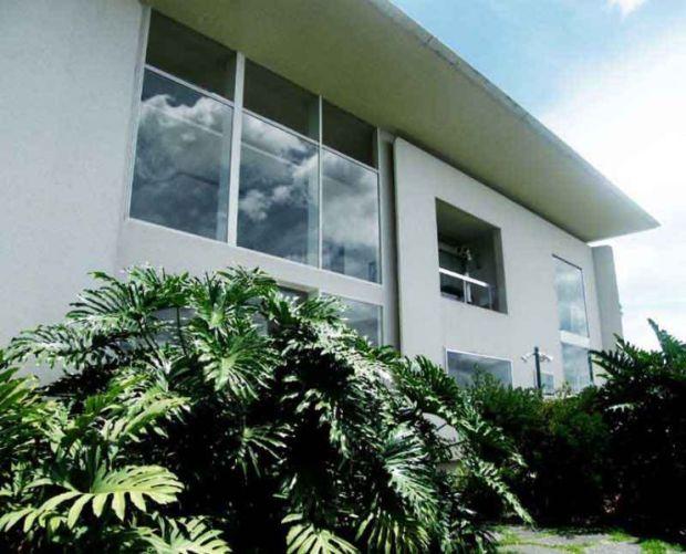 Arquitectura_Villa Planchart _G.Ponti _vistas fachada grandes acristalamientos