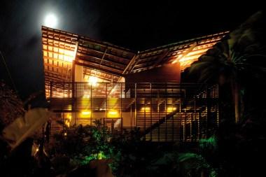 Casa Tropical - Camarim Architects