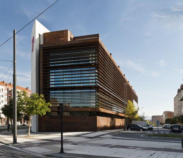 Oficinas vitoria lh14 arquitectos for Oficinas arquitectura