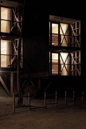 Hostal Ritoque - Alejandro Soffia + Gabriel Rudolphy