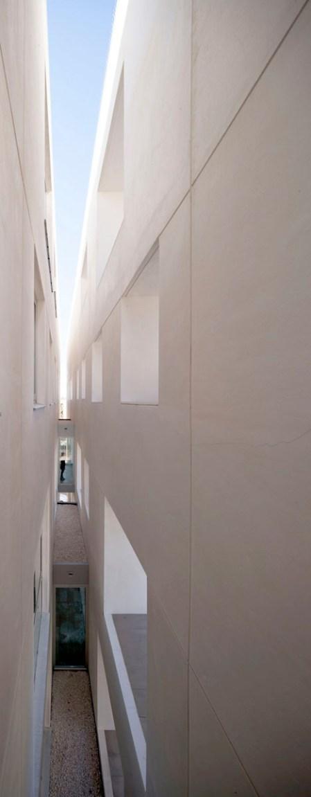 Nuevo Centro Docente para la Universidad de Córdoba - Rafael de La-Hoz Arquitectos