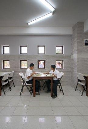 Biblioteca Villa de los Niños - Solis Colomer Arquitectos