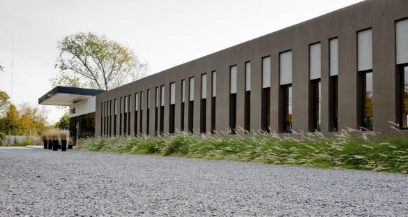 Centro de Distribución y Edificio de Oficinas en Tigre - Cordova-Estevez
