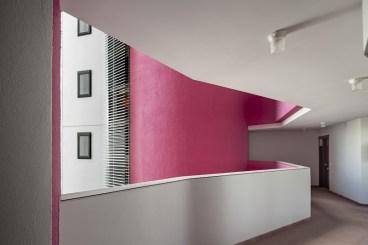 Vivienda Colectiva en Torre Baró - MiAS Architects