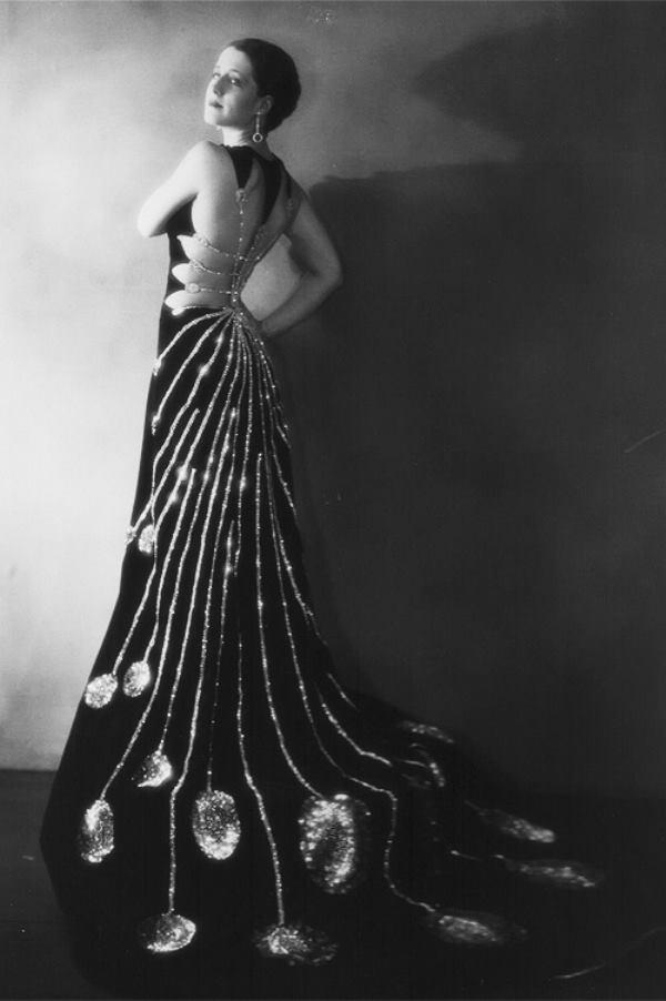 the slinky dress- 1920s