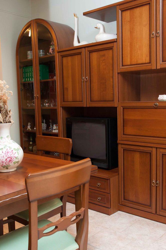 Nel nostro mobilificio è possibile acquistare mobili classici e moderni al prezzo di fabbrica. Occasione Soggiorno Tutta La Modernita Dei Mobili Classici Arredamenti Casarini