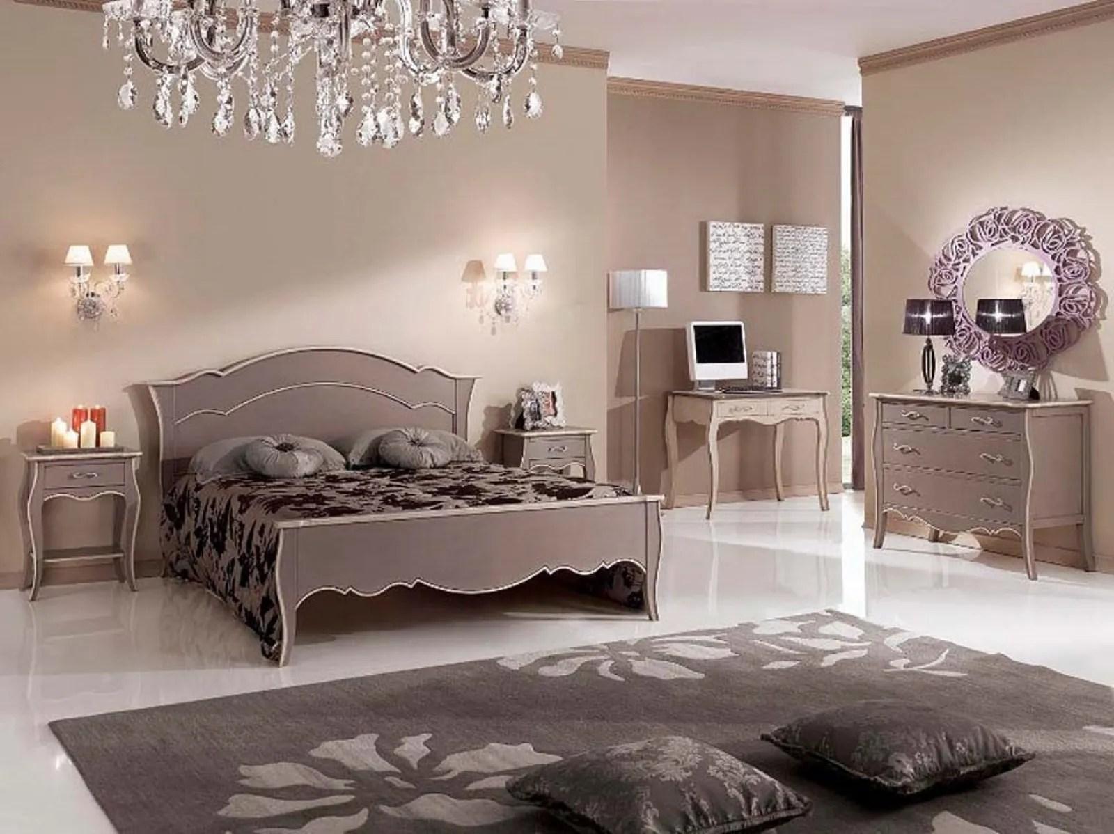 Una camera da letto in stile classico implica l'uso dell'intero set di mobili: Tinteggiatura Camera Da Letto Guida Alla Scelta Dei Colori