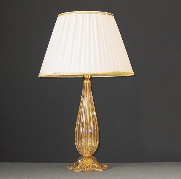 Telefonia arredo camerette illuminazione diversa shabby chic style lampadari. Lampadari Camera Da Letto Classici Pendenti In Cristallo Struttura Oro