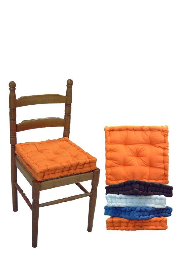 E naturalmente tutti i nostri cuscini per sedie si adattano perfettamente anche alle sedie da giardino. Cuscini Sedie Country Classico