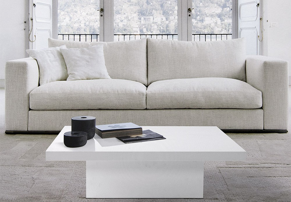 Che salotto sarebbe senza un tavolino da divano? Tavolino Da Salotto Con Piano E Struttura In Laminato Bianco O Grigio