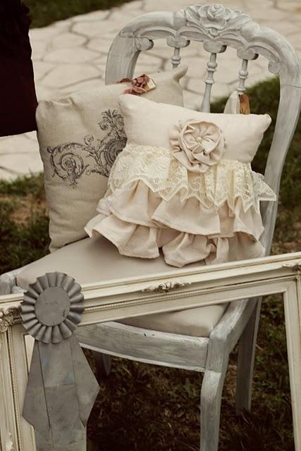 Scopri su eprice la sezione cuscini per sedie cucina e acquista online. I Cuscini Shabby Chic Per Le Sedie Una Gallery Di Idee Per La Vostra Casa Arredamento Provenzale