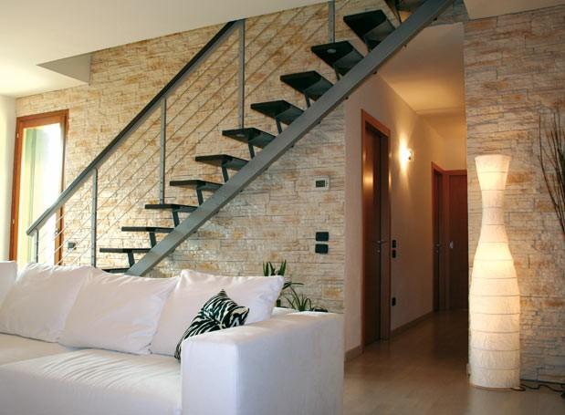Rivestimenti in pietra interni ed esterni realizzati a. Rivestimento In Pietra Nel Mio Interno Arredativo Design Magazine