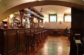 2 39 best country bar stools review. Arredi Su Misura Per Arredare Il Tuo Bar In Stile Country