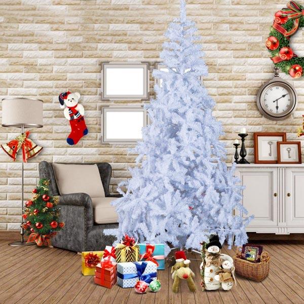 Alberi di natale e abeti natalizi economici naturali e artificiali. Albero Di Natale Finto Per Addobbare In Modo Ecologico