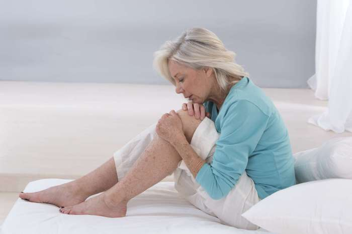 Resting May Not Be Best For Treating Knee Pain