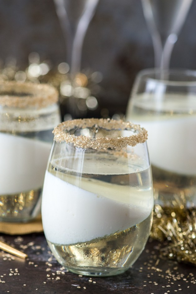 Champagne Jello Cups for New Years Eve