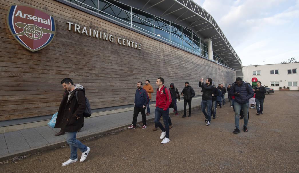 arsenal members visit the arsenal training centre membership rewards news arsenal com