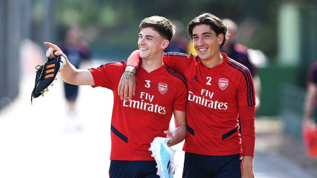 Will Tierney and Bellerin face Standard Liege? | Press conference | News |  Arsenal.com