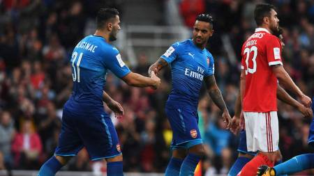arsenal 5 2 sl benfica match report arsenal com