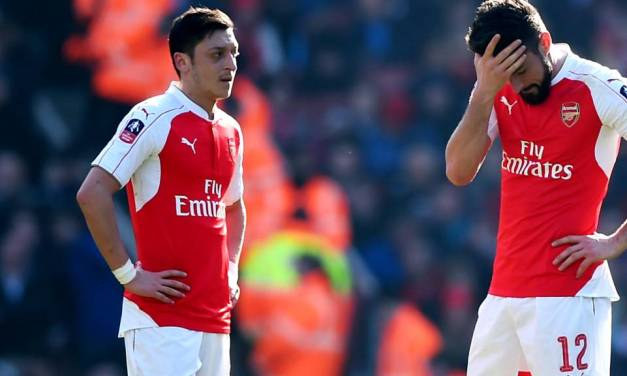 Wenger confirms that Ozil is out of Seagulls clash