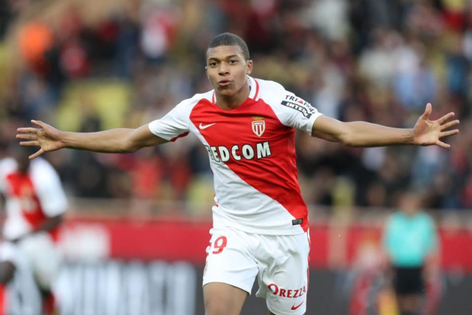 Mbappé Latest – One more year at Monaco?