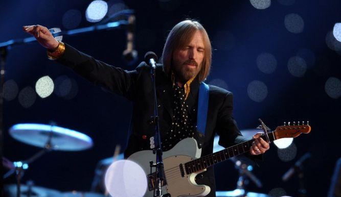 El rockero Tom Petty murió a los 66 años de edad.