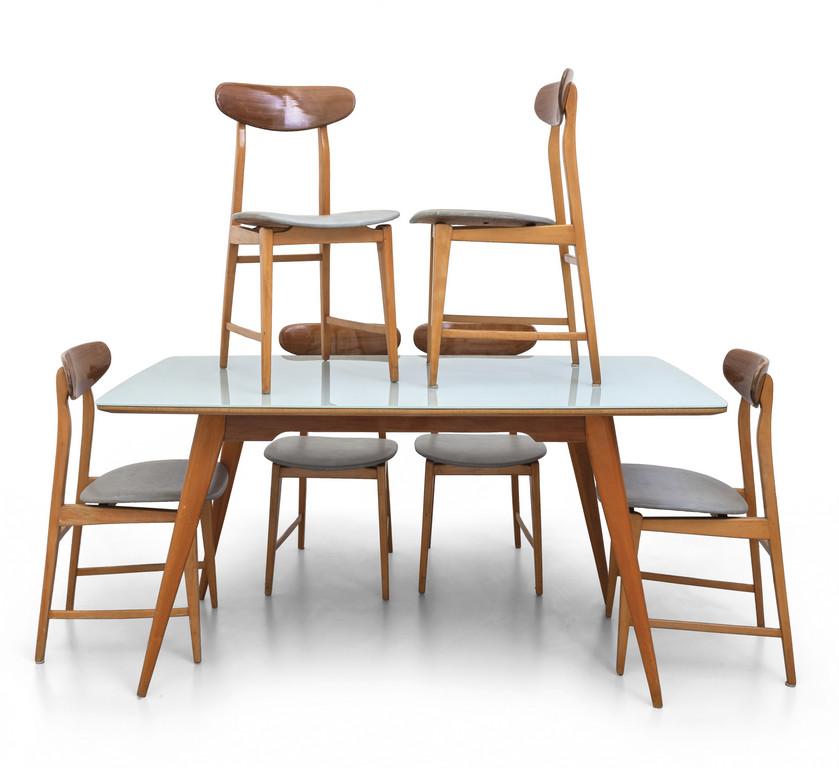 4 sedie in legno e tessuto set 4 sedie vintage anni '60. Un Tavolo E Sei Sedie Anni 60 Br Tavolo Boetto Arsvalue Com