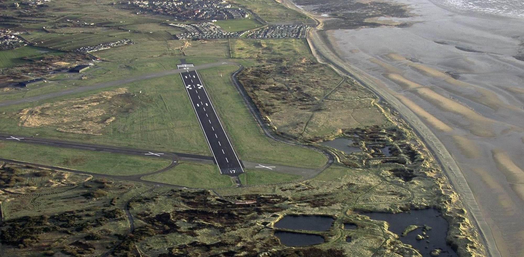 https://i1.wp.com/www.art-gene.co.uk/wp-content/uploads/2016/10/HEADER-FORT-WALNEY-Lawrence-Hill-2005-Aerial-Photos-of-the-North-Walney-National-Nature-Reserve.jpg?fit=2000%2C983
