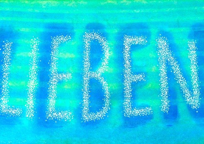 Auf sanften Wellen schwebt die Erinnerung LEBEN LIEBEN zu uns