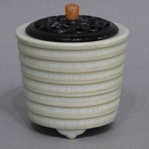 板谷波山 蛋殻磁香炉