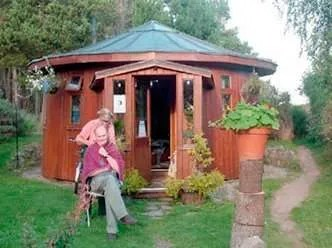 Findhorn-Eco-Village_1