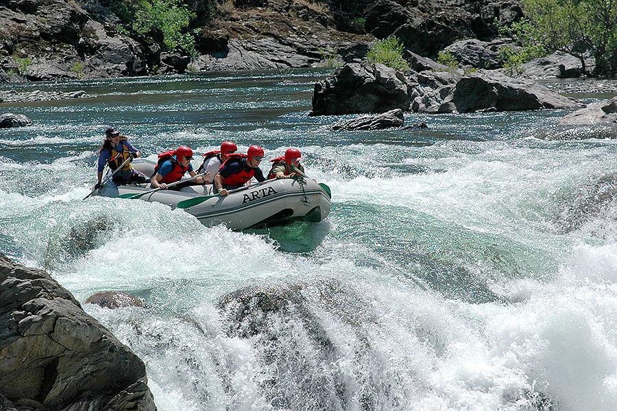 tuolumne-river-california-yosemite-whitewater-rafting-arta-river-trips-04