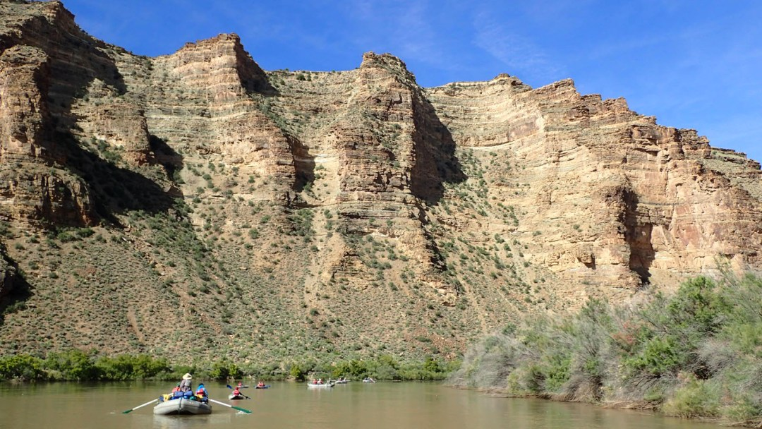 Junior Whitewater School students head down the Green River through Desolations Canyon