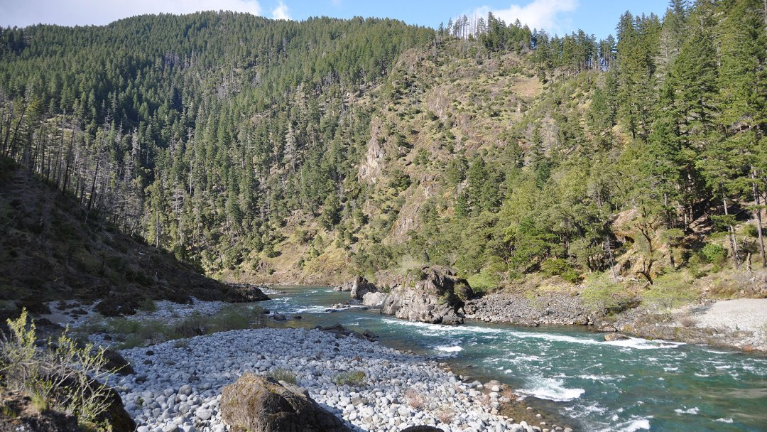 Looking downstream along the Illinois River in Southern Oregon
