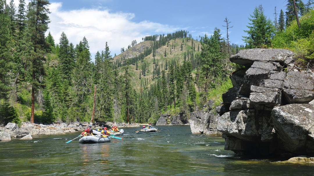 floating-rafts-selway-river-idaho-arta-river-trips-q