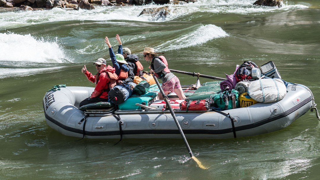An oar raft enters Black Canyon Rapid on the Main Salmon River in Idaho