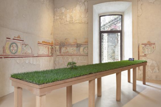 Carlos Garaicoa: Jardín (De la serie La ciudad vista desde la mesa de casa) (1998) Fantastic Utopias, Rocca di Angera 2020