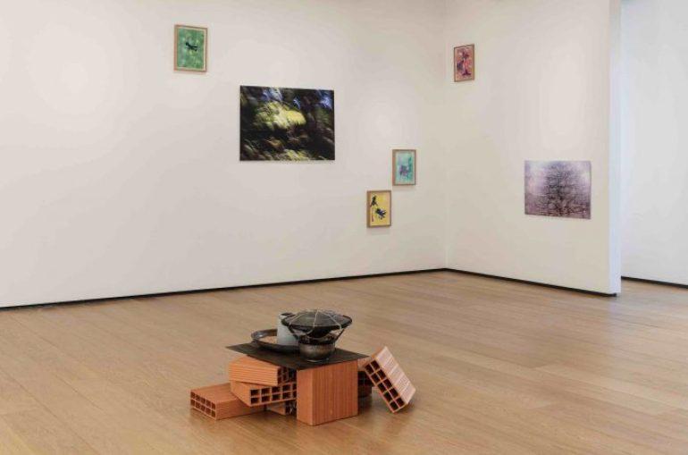 """BUILDING, Milano: installation view """"Yuval Avital - E T E R E"""" 2021"""