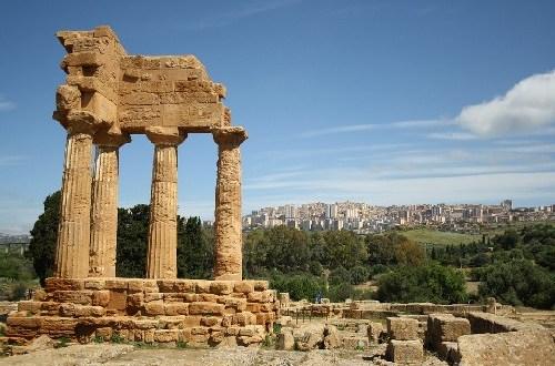 viaggio in sicilia e mappe del mediterraneo a palermo